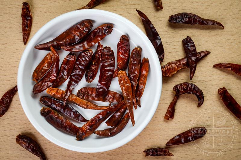 Chinese chilies, aka Tianjin chilies, aka chiles japones - Diversivore.com